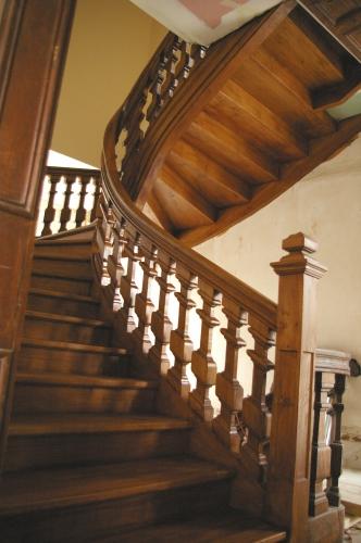 flin escalier stunning escalier blanc et bois du catalogue flin ambiance trs escalier blanc et. Black Bedroom Furniture Sets. Home Design Ideas
